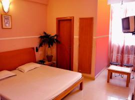 Hotel Queen, hotel en Haridwar