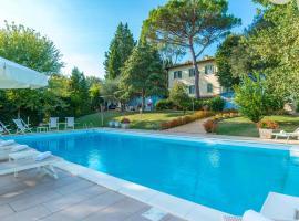 Relais Villa Al Vento, hotel cerca de Outlet de lujo The Mall Firenze, Incisa in Valdarno