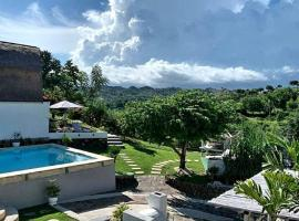 Lombok Hill Wiolett, guest house in Kuta Lombok