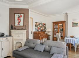 Stylish one-bedroom located in Montrouge near Paris, hotel in Montrouge