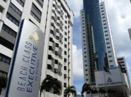 Flat Executive Beira Mar, hotel near Museum of the State of Pernambuco, Recife