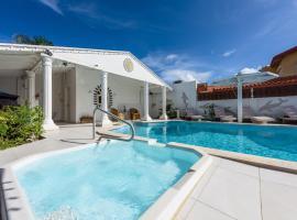 Sunflower Villa Studios, appartement in Palm-Eagle Beach