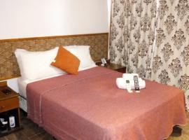 El Uru Suite Hotel, hotel in Puerto Iguazú