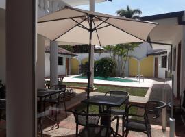 Hotel Casa Jardin, hotel en Asunción