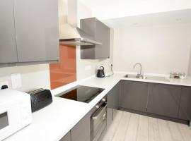 Modern and contemporary 2 Bedroom 7th floor apartment, hotel near Southend-on-Sea Borough Council, Southend-on-Sea