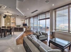 Heaven's View Apartment, appartamento a Heraklion