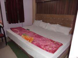 Budget Accommodation Near Station Road, hotel in Jaipur