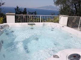 La Torre Relais Sorrento, hotel with jacuzzis in Sorrento