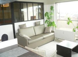 13 Quai Godefroid Kurth, apartment in Liège