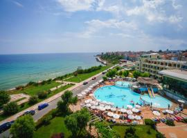 Hotel Perla Beach Luxury, отель в Приморско