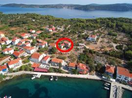 Apartments with a parking space Bozava, Dugi otok - 8124, budget hotel in Božava