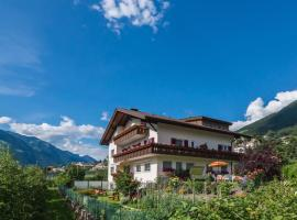 Guesthouse Pension Grafenstein, Hotel in Meran