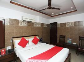OYO 26745 Log Inn, отель в городе Джамму