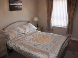 Jomarnic Self Catering Flat, hotel in Lossiemouth