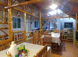 Villa Skanderbeg Guest House, guest house in Puerto Princesa