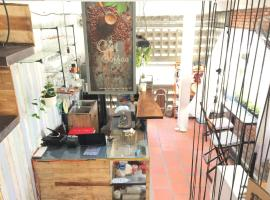 Cui Coffee & Homestay, hotel in Can Tho