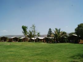 Risala Resort Pushkar, hotel with pools in Pushkar