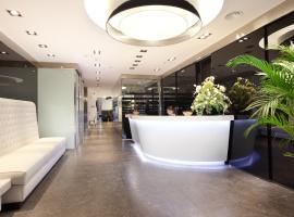 Dalia Ramblas, hotel near Paral·lel Metro Station, Barcelona