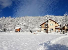 Family friendly house with a parking space Licki Osik, Velebit - 16777, hotel in Gospić