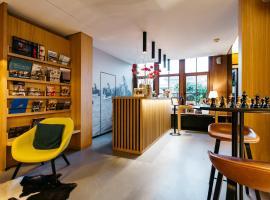 Boutique Hotel 'Hof ter Duinen', hotel dicht bij: Golfclub Westgolf, Oostduinkerke