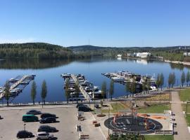 Sonaatti Studio - best lake view, loma-asunto kohteessa Jyväskylä
