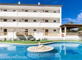 Apartaments Sa Torre, beach hotel in Canyamel