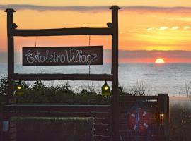 Pousada Estaleiro Village - Frente Mar, hotel near Estaleiro Beach, Balneário Camboriú