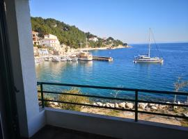 Apartment Miocevic, pet-friendly hotel in Brela