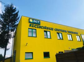 Szczecińskie Centrum Tenisowe, hostel in Szczecin
