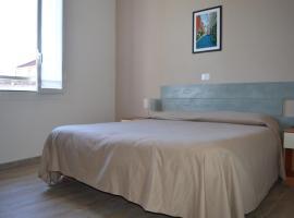 Hotel La Tavernetta, hotell i Varazze