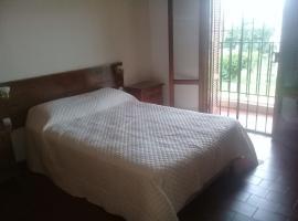 Tranquilidad, Confort y Seguridad, hotel em Santa Fé