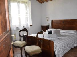 Casa Vacanze Porta Vecchia, villa in Montalcino
