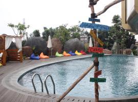 Grand Soll Marina Hotel, hotel near Jakarta Soekarno Hatta Airport - CGK, Tangerang