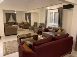 Beautiful three bedroom in Al Hijaz str Al Muhandeseen Cairo Egypt, budget hotel in Cairo