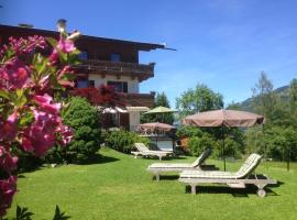Pension Hinterseer, hotel near Rasmusleiten, Kitzbühel