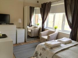 Be My Guest Liverpool, hotel near Aintree Racecourse, Liverpool