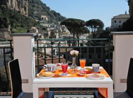 B&B Valentì, beach hotel in Amalfi