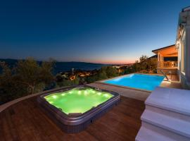 Villa Sapore di Sale with Pool, hotel with jacuzzis in Bol
