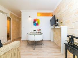 Apartment Lux Lana Split, hotel in Split