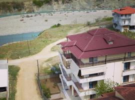 Hotel Villa Ago, hotel in Përmet