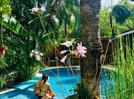 Ten North Tamarindo Beach Hotel, hotel in Tamarindo