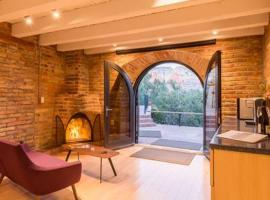 Exquisite Guest Suite, with Stunning Red Rock Views, apartment in Sedona