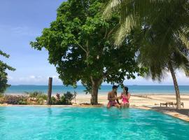 Mangrove Lodge, отель в Занзибаре