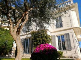 B&B Villa Blanche, hotel near Private Hospital Cannes Oxford, Cannes