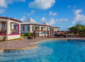Four Diamonds Park Villas, hotel in The Settlement