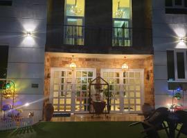Muscat Royal Suites, villa in Seeb