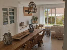 Old Village Design 3 Bedroom Townhouse, vacation home in Vilamoura