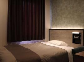 Tourist Inn Kochi / Vacation STAY 27563, hotel in Kochi