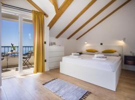 Holiday House Kleme, villa in Makarska