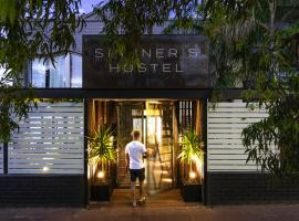 Spinners Hostel, hotel near Perth Arena, Perth